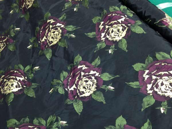 Ingrosso-tessile-per-abiti